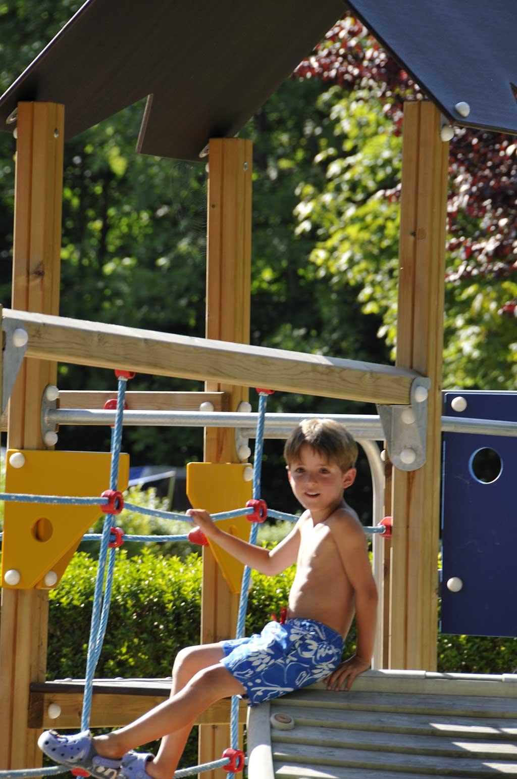 Aire de jeux enfant du camping 4