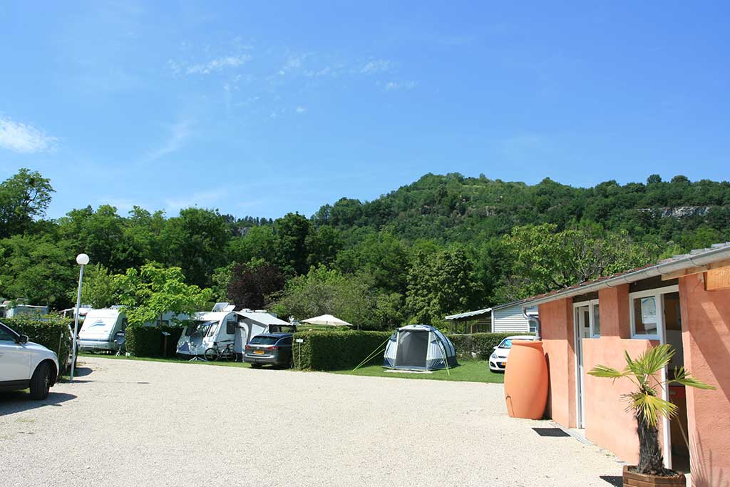 Emplacement camping Savoie 6