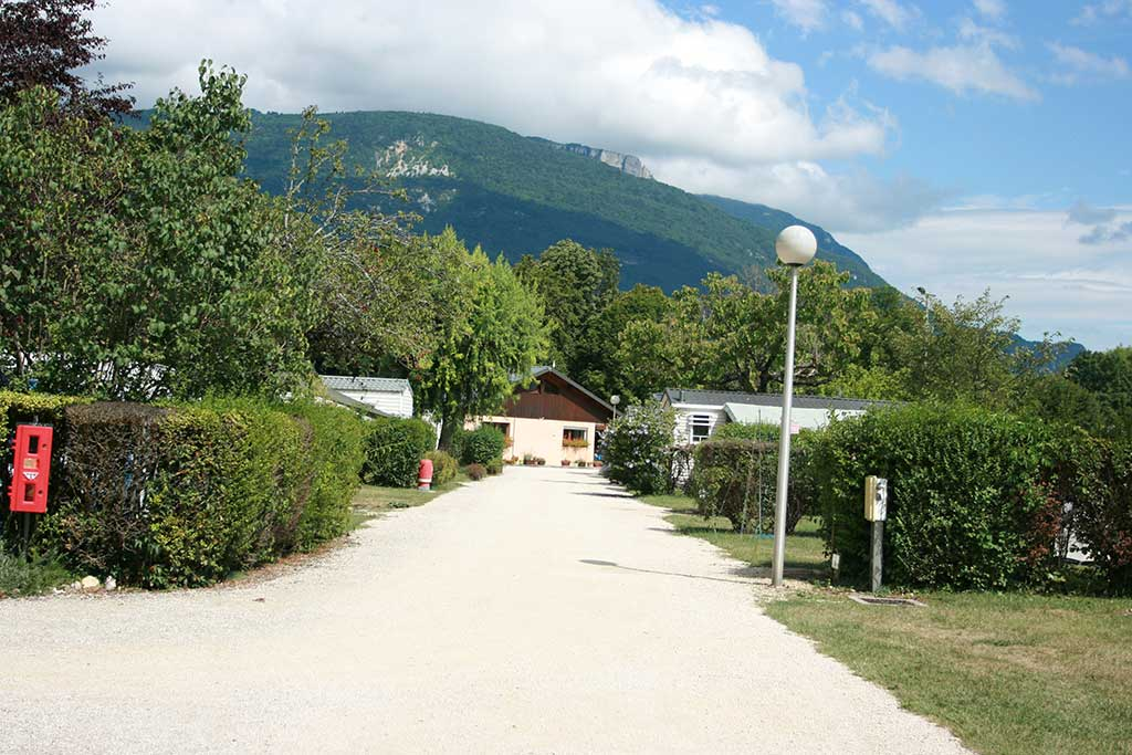 Emplacement camping Savoie 11