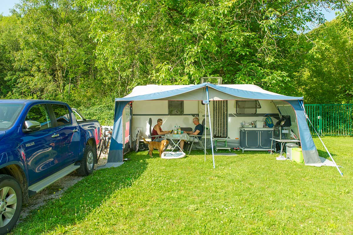 Emplacement camping confort +