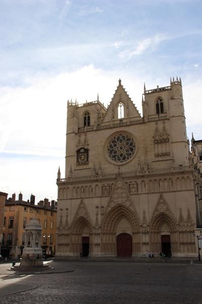 lyon cathedrale saint jean20190725114614-810e12f7-me