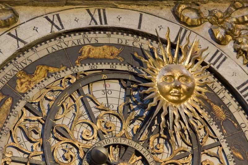 lyon-horloge-astronomique-20110105095933-7ffd34cc-me